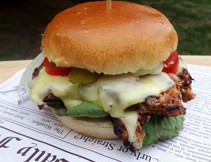 Cheeseburger vegetarisch mit Kidneybohnenpattie