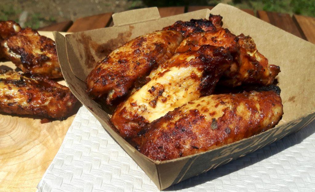 Chicken wings und drum Sticks gesmoked