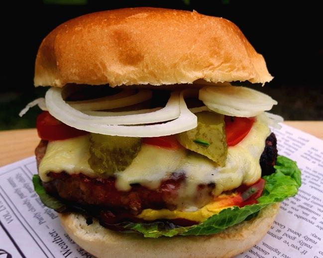 Cheeseburger - Emmentaler