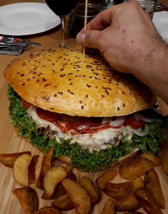 Ultimate Cheeseburger_Größe